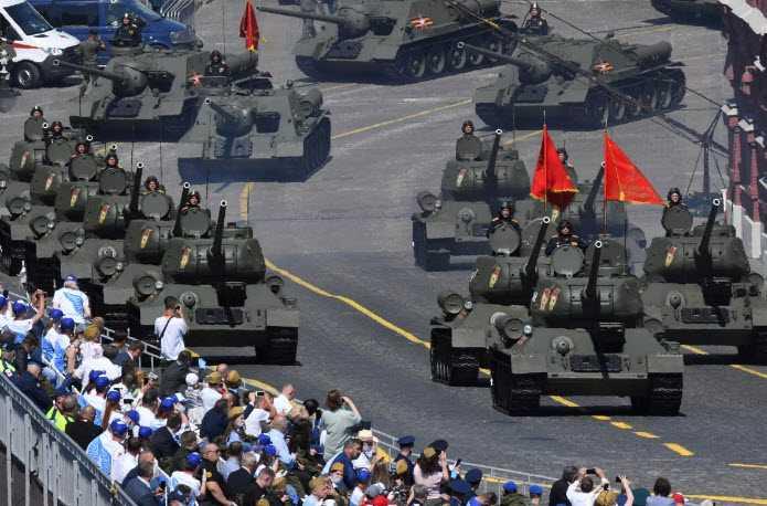 Фото Парада Победы 2020 на Красной Площади 24 июня