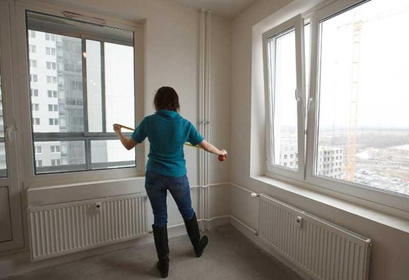 Фото осмотра особенностей квартир от застройщика в новых домах