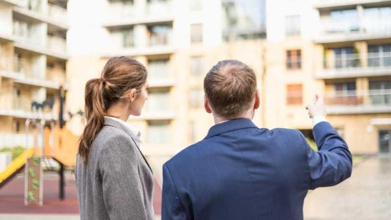 Фото как найти хорошего и профессионального частного риэлтора и купить квартиру