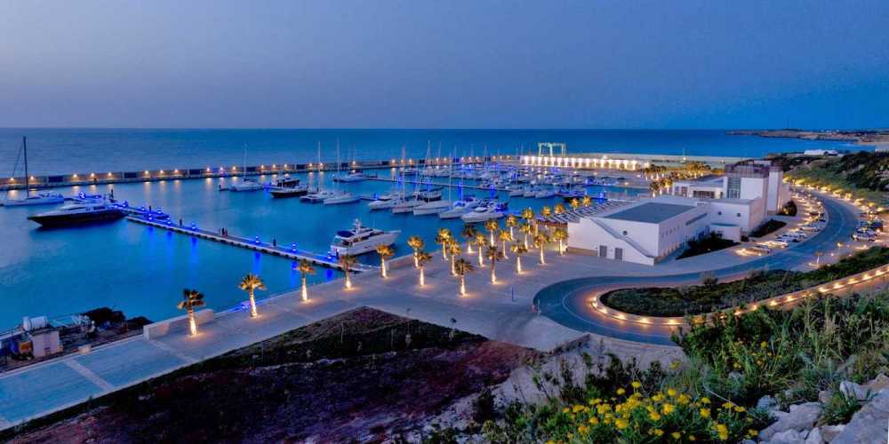 Яхтенный Порт Карпас Марина Северный Кипр.jpg