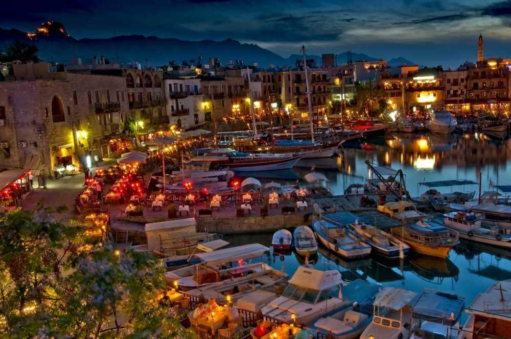 Северный Кипр Кирения.jpg