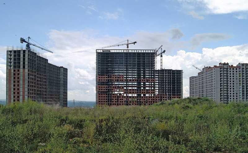 Фото чтобы определить ликвидность квартиры при покупке смотрите на окружение и территорию