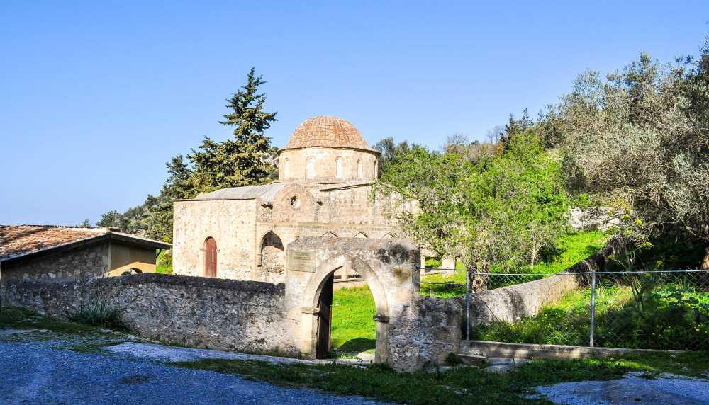 Монастырь Антифонидис Северный Кипр Эсентепе.jpg