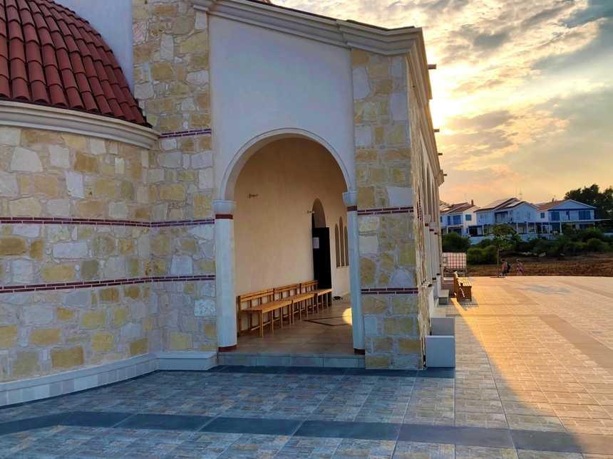 Храм апостола Андрея Протоклета Первозванного Северный Кипр 3.jpg
