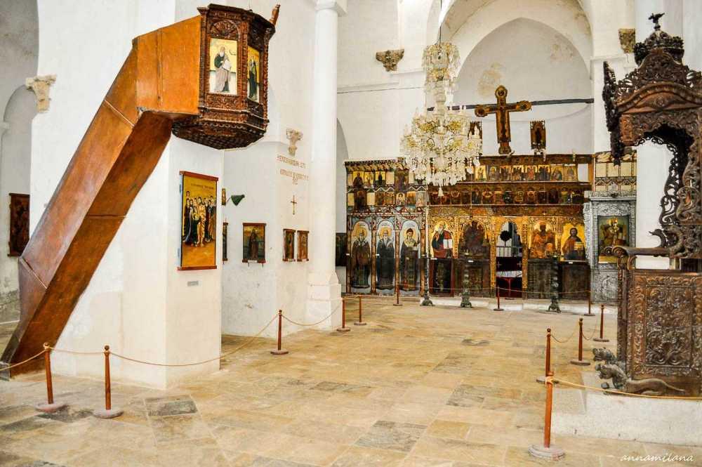 Монастырь-Святого-Варнавы-Северный-Кипр_4.jpg